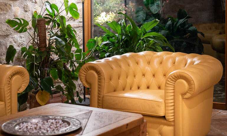 borgolanciano en offer-for-couples-hotel-marche-with-spa-dinner-and-massage 007