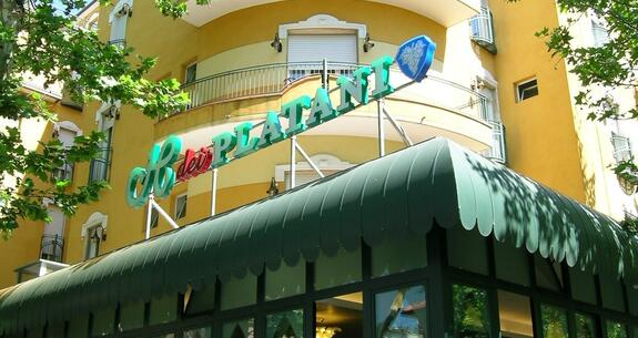 hoteldeiplatani it offerta-notte-rosa 022