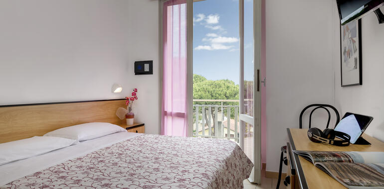 hotellevante.unionhotels it offerta-settembre-in-riva-al-mare-all-hotel-levante-a-pinarella-di-cervia 013