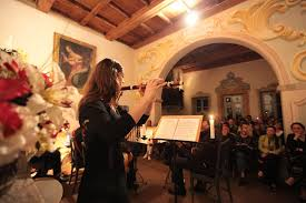 cortesehotel en 3-en-18678-festival-of-ancient-music-at-lake-orta 008