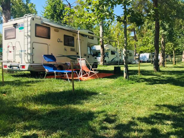 baiadigallipoli en special-offer-for-young-people-and-teenagers-stays-on-pitch-at-campsite-in-salento 013