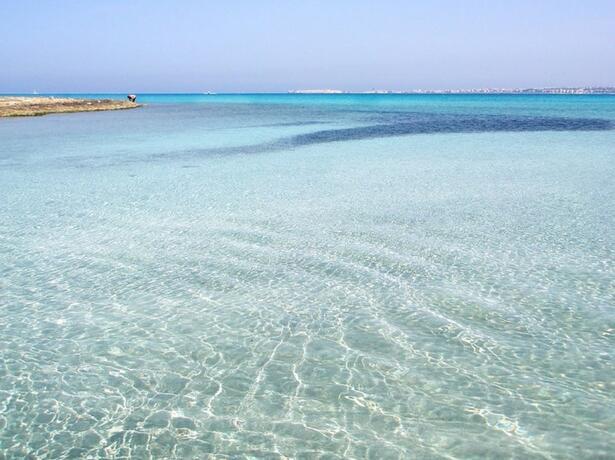 baiadigallipoli it offerta-piazzole-con-servizio-spiaggia-gratuito-in-camping-resort-nel-salento 010