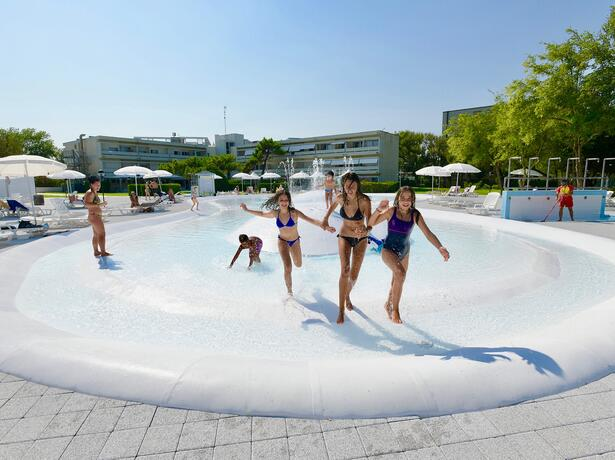 villaggioisamar nl it-last-minute-juli-aanbieding-5-sterren-vakantiepark-lagune-venetie 018