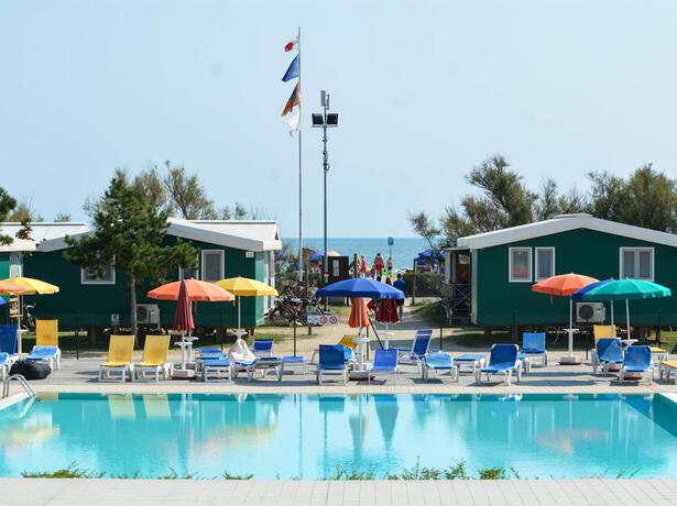 campinglido nl weekpakket-voor-juni-in-stacaravan-bij-camping-village-in-bibione 021