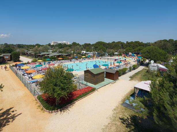campinglido nl weekpakket-voor-juni-in-stacaravan-bij-camping-village-in-bibione 024