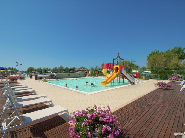 campinglido de sicherer-sommer-und-entspannende-ferien-auf-dem-campingplatz-lido-von-bibionen2 021