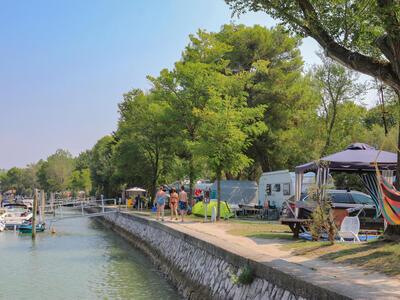 capalonga en offer-pitches-in-camping-village-in-bibone-pineda 022