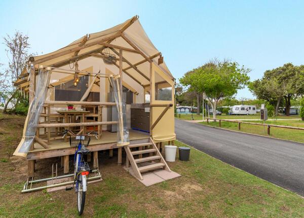 capalonga da ferier-i-glamping-telt-tilbud-i-juli-i-bibione 018
