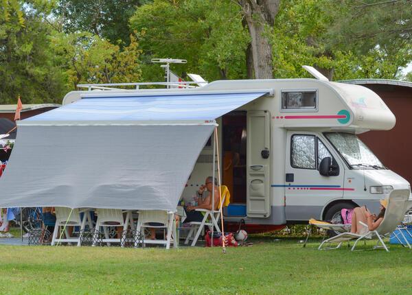 capalonga en offer-pitches-in-camping-village-in-bibone-pineda 019