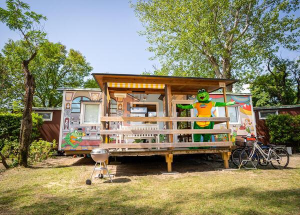 capalonga nl aanbieding-stacaravans-met-het-crocky-thema-voor-gezinnen-op-de-camping-in-bibione 017