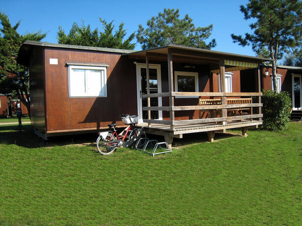 iltridente en holidays-in-august-in-mobile-home-in-bibione-in-camping-village-with-swimming-pool 016