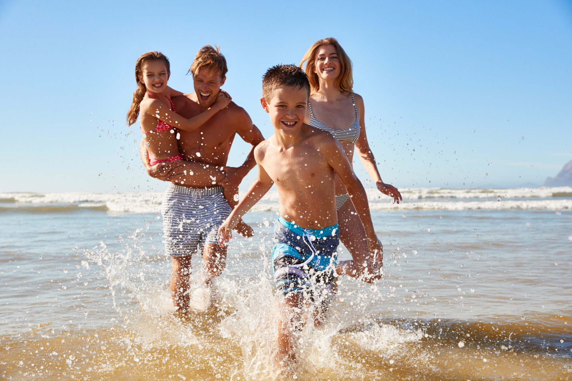 a1cf0b9ecc72 Offerta Luglio All Inclusive Villaggio Vacanze Marche per famiglie