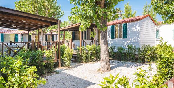 villaggiolemimose it bonus-vacanze-per-soggiorni-in-camping-villaggio-nelle-marche 010