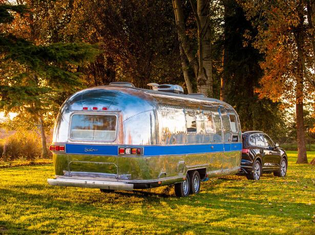 campinglecapanne da tilbud-paa-glamping-indlogeringer-paa-ferielandsby-bibbona-toscana 020