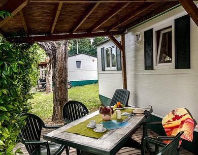 laquercia it offerta-settembre-e-ottobre-con-un-soggiorno-gratis-in-camping-sul-lago-di-garda 036