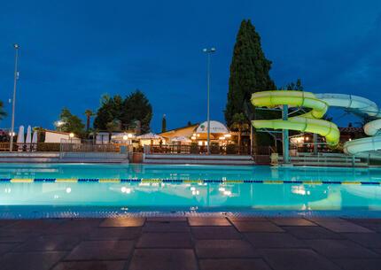 laquercia it offerta-vacanze-agosto-in-maxi-caravan-in-camping-sul-lago-di-garda 029