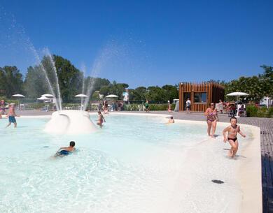 pinetasulmarecampingvillage fr vacances-gratuites-a-cesenatico-pour-les-operateurs-culturelsn2 039