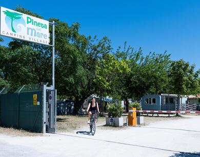 pinetasulmarecampingvillage fr offre-pour-course-cycliste-nove-colli-au-camping-a-cesenaticon2 041