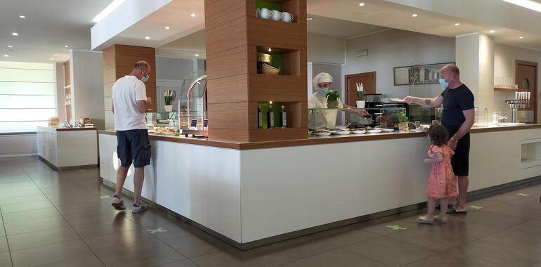 oxygenhotel it offerta-notte-gratis-in-hotel-a-viserbella-con-piscina 011