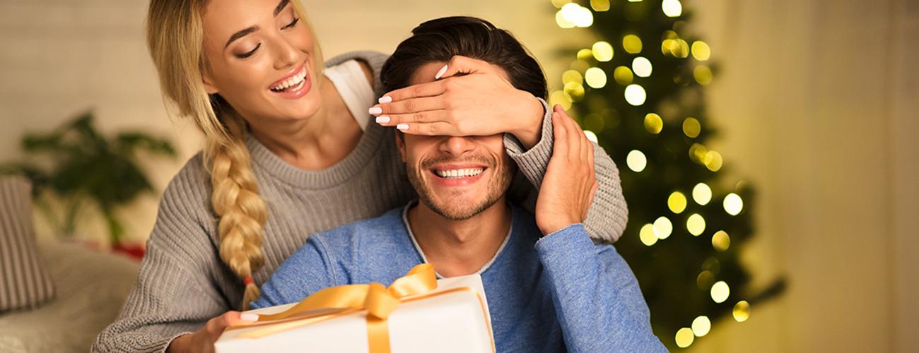 Regali di Natale per lui in profumeria - Compra online su Sabbioni.it