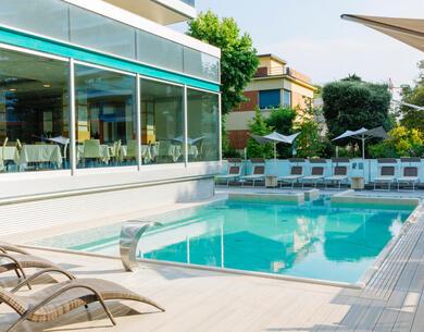 aquahotel it sconto-prenota-prima-in-hotel-a-rimini-con-piscina 010