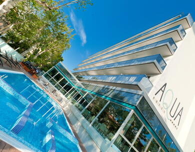 aquahotel en offer-halloween-rimini-in-hotel-marina-centro-with-tickets-for-the-parks 010