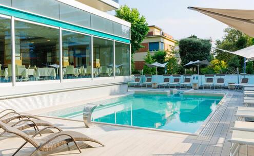 aquahotel it sconto-prenota-prima-in-hotel-a-rimini-con-piscina 005
