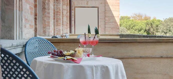 villaadriatica it vacanze-di-meta-luglio-a-rimini-in-hotel-4-stelle-con-piscina 007