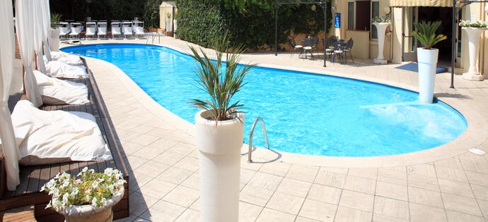 villaadriatica it luglio-all-inclusive-a-rimini-in-hotel-4-stelle-con-piscina 006