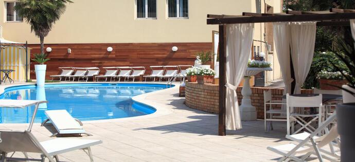 villaadriatica it offerta-pasqua-hotel-a-rimini-sul-mare 010
