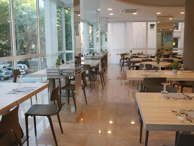 hotelvernel en offer-for-couples-in-a-hotel-in-rimini-near-the-sea 027