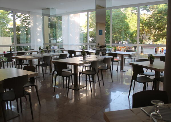 hotelvernel en offer-end-of-august-early-september-at-hotel-in-rimini-near-the-sea 025