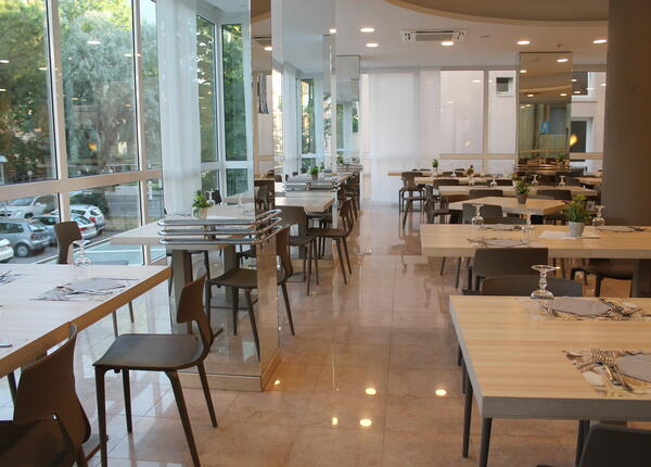 hotelvernel en offer-for-couples-in-a-hotel-in-rimini-near-the-sea 023