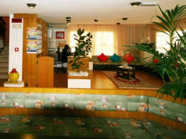 hotelmamyrimini de zweite-woche-juli-sonderangebot-familien-in-rimini-mit-strandservice-inklusive 026