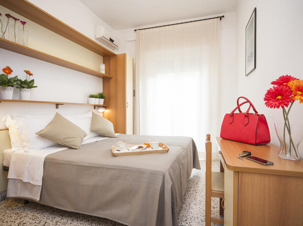 hotelmamyrimini en early-august-with-child-free-of-charge-in-rimini-hotel-with-pool-and-beach 026
