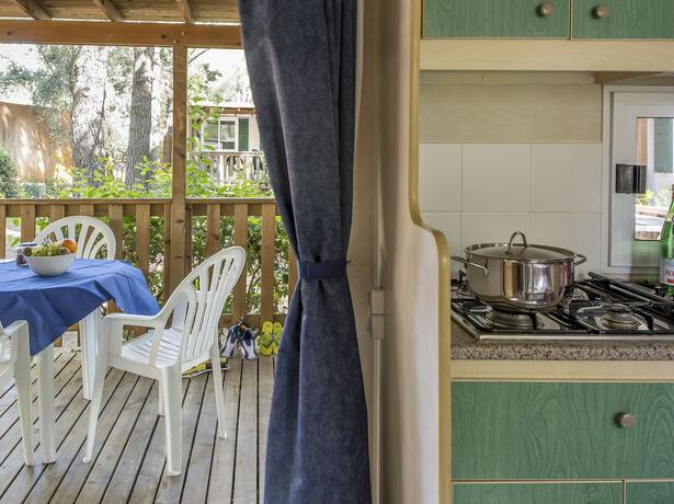 campingtoscanabella nl aanbieding-augustusvakantie-in-toscane-met-stacaravans-voor-gezinnen-aan-zee 011