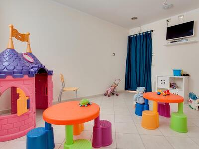 hoteldelavillecesenatico de september-in-cesenatico-italien-im-hotel-mit-beheiztem-pool 021