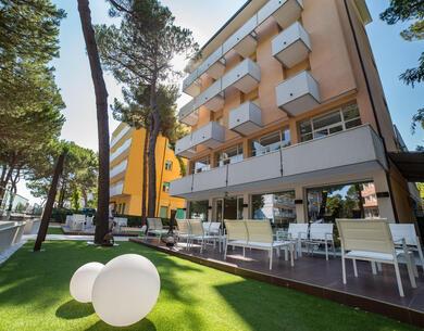 hotel-condor en special-long-holiday-in-milano-marittima 012