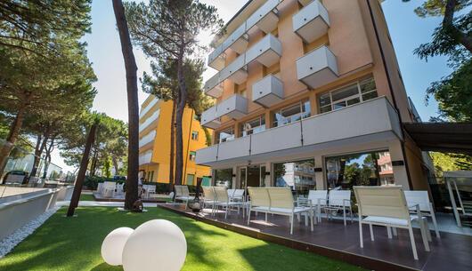 hotel-condor en special-long-holiday-in-milano-marittima 007