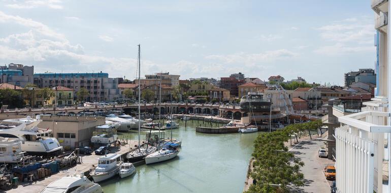 majorcagabicce fr offre-mi-juin-hotel-gabicce-sur-le-port-canal 011