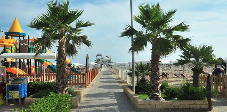 majorcagabicce it vacanze-fine-giugno-hotel-gabicce-con-servizio-spiaggia 014