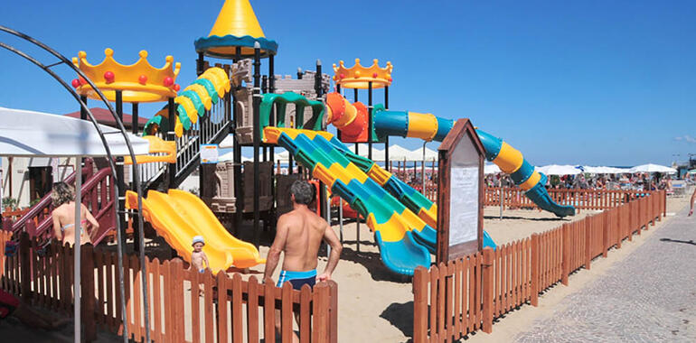 majorcagabicce it vacanze-fine-giugno-hotel-gabicce-con-servizio-spiaggia 015