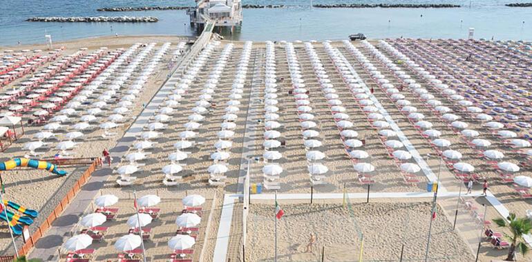 majorcagabicce it offerta-fine-luglio-hotel-3-stelle-gabicce-sul-porto-canale 012