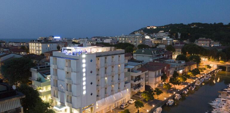 majorcagabicce it offerta-fine-estate-hotel-gabicce-vicino-al-mare 015