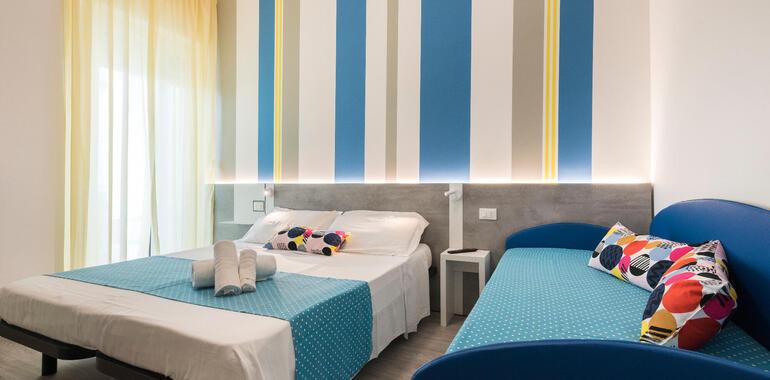 majorcagabicce it offerta-ferragosto-hotel-gabicce-mare-con-pensione-completa 013