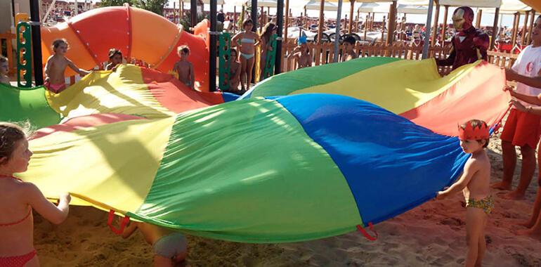 majorcagabicce it offerta-speciale-bambini-gratis-in-hotel-gabicce-per-famiglie-con-area-giochi 014