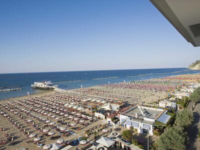 nordesthotel it offerta-di-giugno-a-gabicce-mare-in-hotel-4-stelle-con-piscina 018