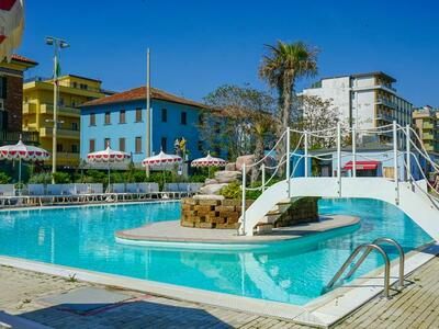 nordesthotel it offerta-all-inclusive-hotel-a-gabicce-con-piscina 017