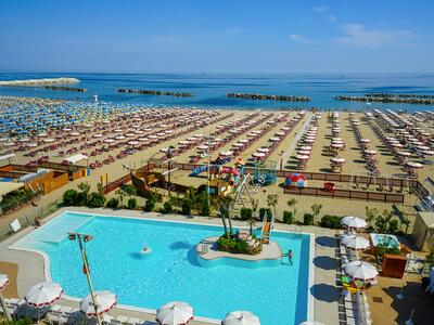 nordesthotel it offerta-all-inclusive-hotel-a-gabicce-con-piscina 015