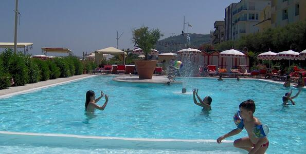 nordesthotel en special-offers-september-hotel-gabicce-mare-with-private-beach 014